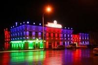 Наружное освещение: архитектурное освещение зданий, фасадов дома в Волгограде